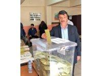 AK Parti Van il başkanı Türkmenoğlu oyunu kullandı