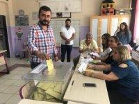 Eren Erdem'den oy paylaşımı