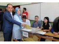 Manisa Milletvekili Murat Baybatur oyunu Manisa'da kullandı