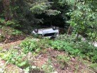 Gümüşhane'de minibüs dereye yuvarlandı: 15 yaralı