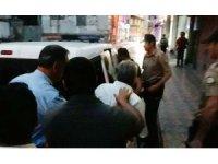 Seçim kurulu önünde alkol alan 3 şahıs gözaltına alındı