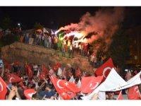 Mardin'de AK Partililerden seçim kutlaması