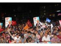 Elazığ'da AK Partililer kutlama yaptı