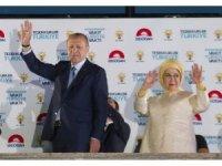 """Cumhurbaşkanı Erdoğan, """"Milletimizin sandıkta partimize verdiği mesajı da aldık"""""""