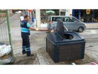 İzmit'te çöp konteynerleri sürekli yıkanıyor