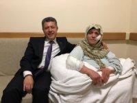 Milletvekilliği sevincini hastanede yatan annesiyle paylaştı