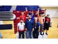 Bozüyüklü 4 güreşçi Türkiye finallerine gidecek