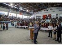 Başkan Çelik, ERÜ Eğitim Fakültesi'nin mezuniyet törenine katıldı