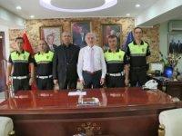 Başkan Kamil Saraçoğlu'ndan fedakar polislere ödül