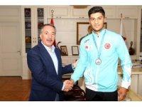 Ağrılı sporcu Malkan 18. Akdeniz Oyunları'nda gümüş madalya kazandı