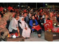 Şırnak'ta demokrasi nöbetine binlerce kişi katıldı