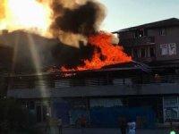 Sakarya'da korkutan iş yeri yangını