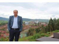 İlçe Başkanı Üstün istifa etti
