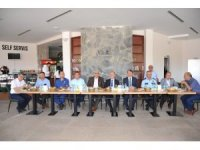 Trabzon'a atanan Bozüyük İlçe Müftüsü Selami Bağcı'ya veda yemeği