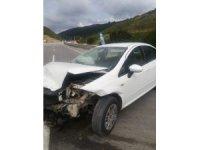 Otomobilin bariyere çarptığı kazada yaralanan kadın hayatını kaybetti