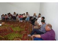Köy sakinleri 'Sarıkız' örümceği hakkında bilgilendirildi