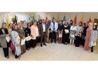 Başkan Çetin, Nezaket Okulu eğitmenlerine sertifika verdi