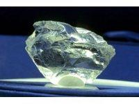Araştırmacılar, yerin 145 ila 241 kilometre derinliğinde 10 katrilyon ton elmas keşfetti