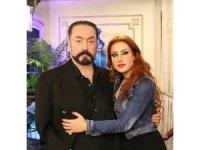 Şener Şen'in yeğeni de Adnan Oktar operasyonunda gözaltına alındı