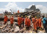 Hindistan'da çöken binada 3 kişi hayatını kaybetti