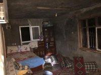 Kahta'da çıkan yangın evi kül etti