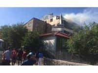 Karlıova'da yangın paniğe neden oldu