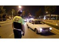 Polis ekipleri apart egzozlu araçlara geçit vermiyor