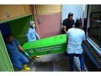 Tekne faciasında ölen göçmenlerin otopsileri yapılıyor