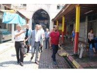 Başkan Pamuk, Akdeniz esnafının taleplerini dinledi