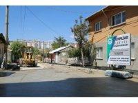 Erenköy'ün 40 sokağında yol yapım ve onarım çalışması