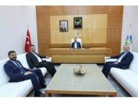 Başkan Toçoğlu, SAÜ Rektörü Savaşan ile bir araya geldi