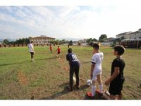 Bin öğrenci yaz spor okulları ile eğleniyor