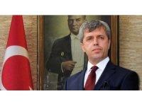 """Vali Çınar, """"Fevkani Köprüsü büyük tehlike arz ediyor"""""""