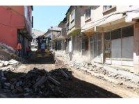 Bitlis Caddesi'nde asfalt hazırlığı