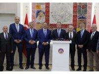 """Milli Savunma Bakanı Akar: """"En son terörist etkisiz hale getirilene kadar mücadelemiz devam edecek"""""""