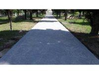 Alikahya mezarlıklarına beton yol