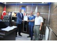 Şuhut OSB'de ilk yatırımcıya tapusu verildi