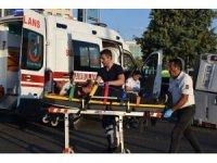 İşçileri taşıyan minibüs kaza yaptı: 12 yaralı