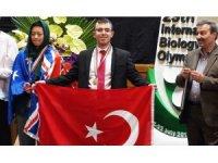 Türkiye Biyoloji Milli Takımı'na İran'dan madalya