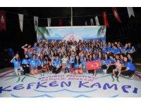 Öğrenciler Kefken'de tatilin keyfini çıkartıyor