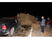 Traktör ve iki otomobilin karıştığı kazada 2'si ağır 5 kişi yaralandı