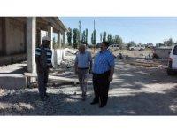 Ağrı Milli Eğitim Müdürü Turan okul inşaatlarını denetledi