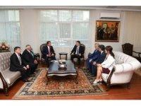 DES'ten Milli Eğitim Bakanı Ziya Selçuk'a ziyaret