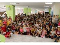 Yazar Coşar, çocuklarla buluştu