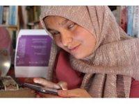 Görme engelli genç kız Wattpad uygulaması yardımıyla roman yazdı