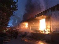 OSB içindeki dev fabrika cayır cayır yandı