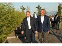 Eski Bakan Akdağ'dan Gebze'nin millet bahçesine tam not