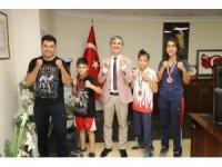 Mutluluklarını Başkan Şirin'le paylaştılar
