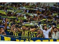 Şampiyonlar Ligi: Fenerbahçe: 0 - Benfica: 0 (Maç devam ediyor)