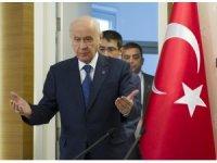"""Bahçeli: """"Türkiye, döviz üzerinden kundaklanmak istenmektedir"""""""